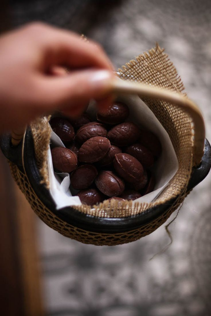 raw wholefood chocolate easter eggs for you!