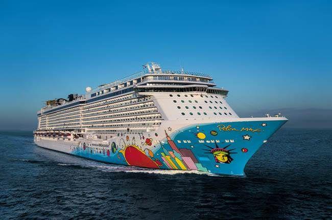 Le Breakaway de la compagnie Norwegian Cruise line. Capacité : 400 passagers #croisière #croisierenet.com #voyage #bateau #NorwegianCruiseLine