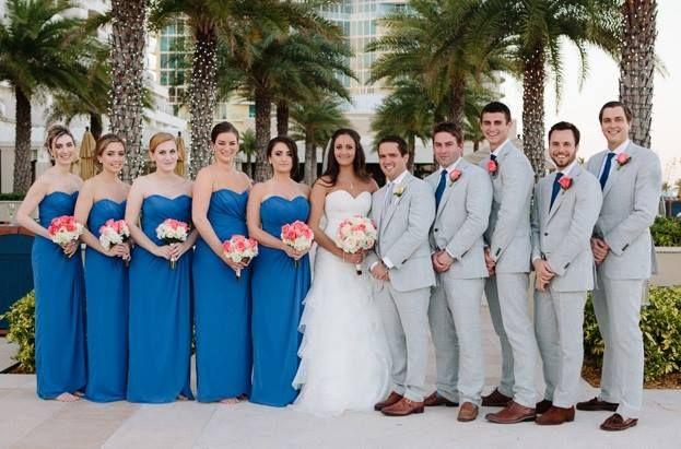 best 25 royal blue bridesmaids ideas on pinterest royal blue flowers royal blue bridesmaid. Black Bedroom Furniture Sets. Home Design Ideas