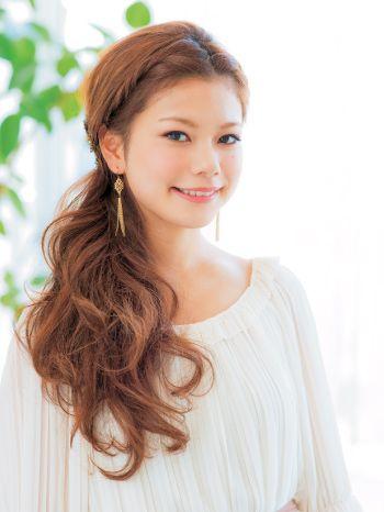 ロングヘアのすっきり素敵なまとめ髪アレンジ♡ MERY [メリー]