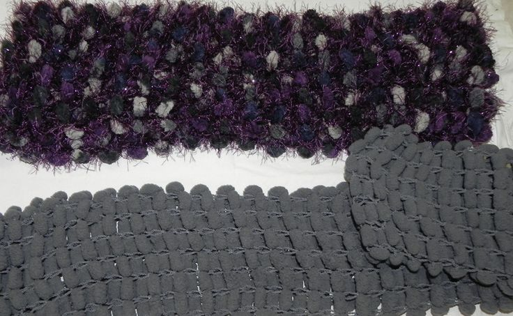 Sciarpe donna fatte a mano lana pon pon COMPRALE I di Tante coccole su DaWanda.com