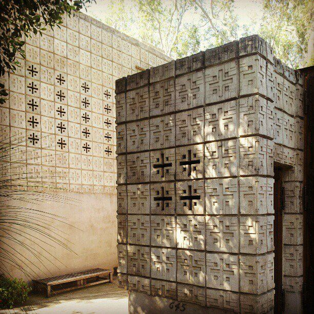 17 best images about f l wright on pinterest glendale for Frank lloyd wright houses in california