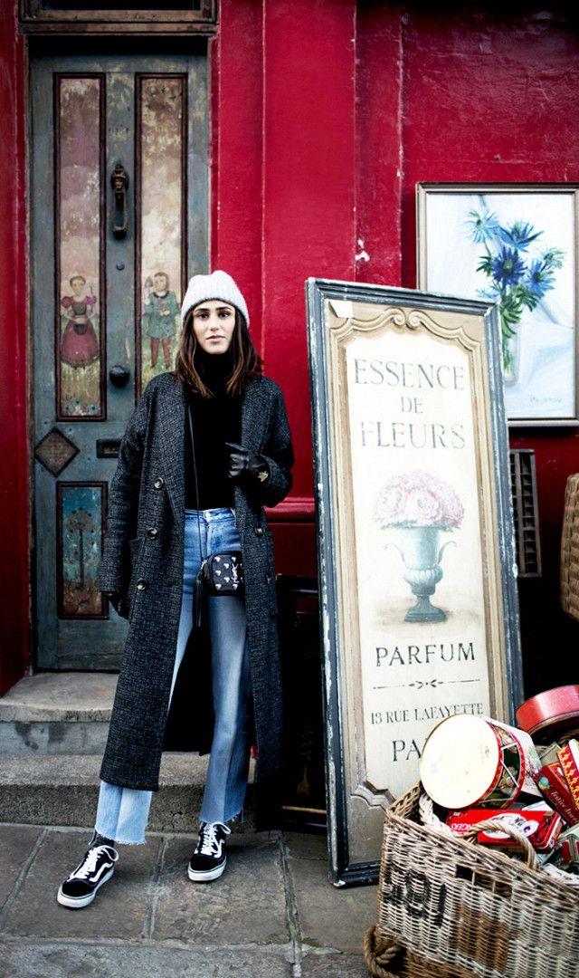 Soraya Bakhtiar pairs Zara coat with light wash denim