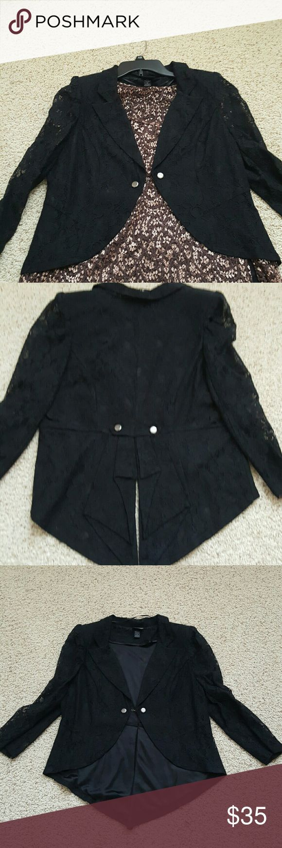 Buckle Daytrip black lace tuxedo jacket Black lace , 3/4 sleeves. Only worn once! Short in front with tails in back. No snags or rips etc. Iis,an XL, but can definitely fit a large as well. Smoke/pet free home. Daytrip Jackets & Coats Blazers