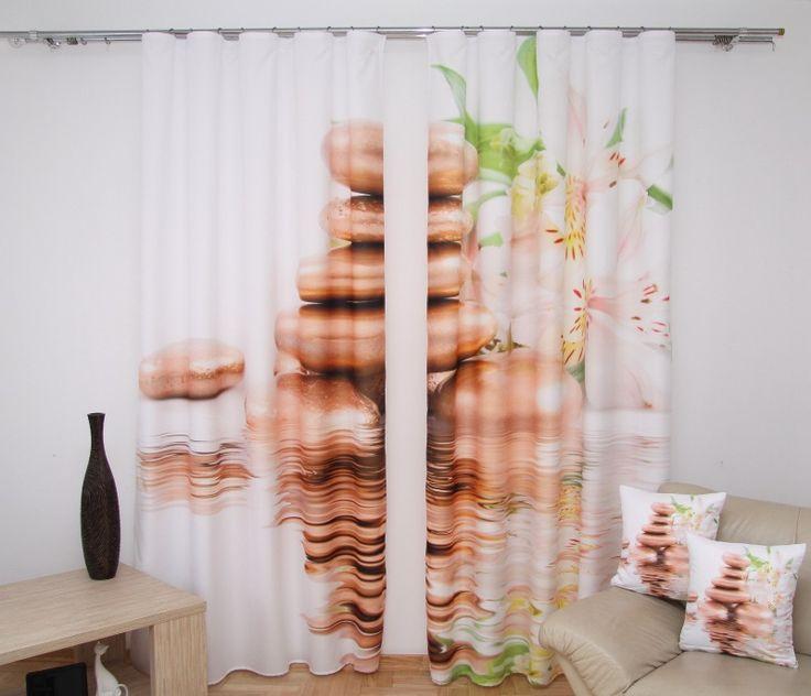 Zasłony gotowe białe do pokoju z orchideą