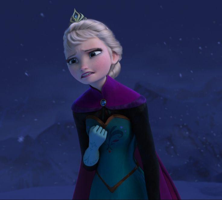 Snow Queen Elsa Singing Let It Go - Disney's Frozen ❄️