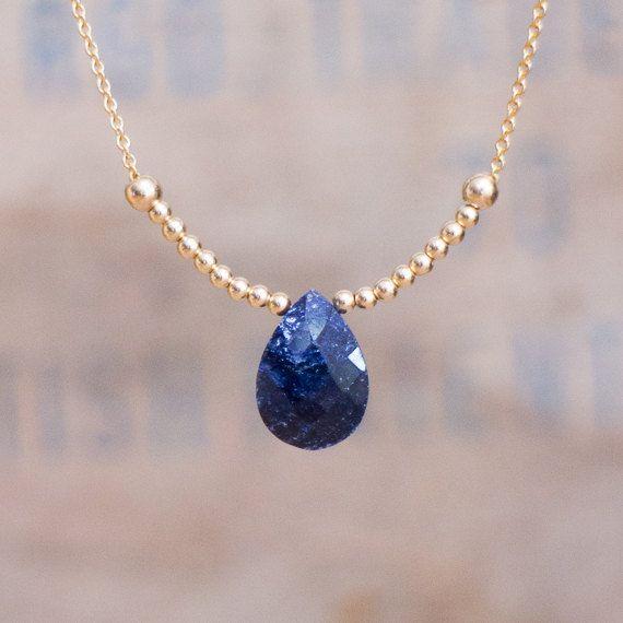 Collar de zafiro azul, collar de zafiro, oro o plata lágrima caer collar zafiro, septiembre Birthstone joyería, mujer regalo