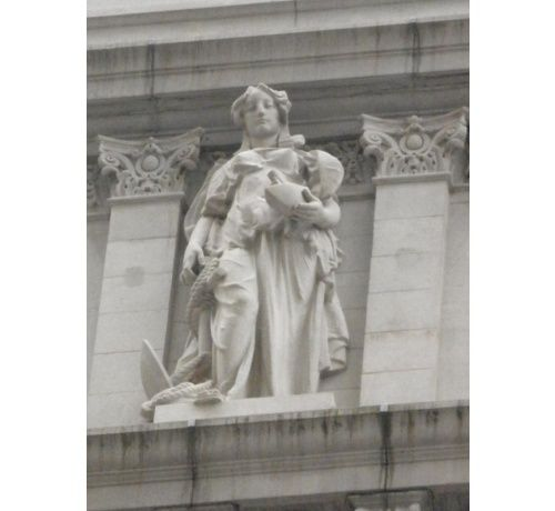 MARTINY, Philippe ou Philip (Strasbourg, 1858 - New York, New York, 1927) La Navigation 1905, granit, statue New York, New York, Surrogate's Courthouse, or Hall of Records