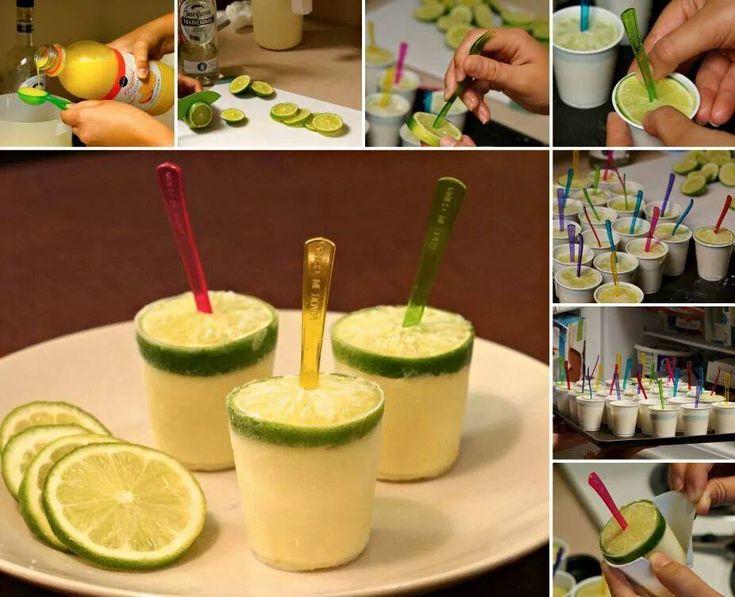 Dopo avervi proposta la ricetta dei ghiaccioli all'arancia e quelli all'anguria 🙂 quest'oggi vi propongo la ricetta dei ghiaccioli al limone 🙂 I ghiaccioli al limone sono dei freschi, golosi e rinfrescanti ghiaccioli realizzati con limoni, zucchero ed acqua senza aggiunta di coloranti 🙂 Semplici da realizzare i ghiaccioli al limone sono ideali per i …