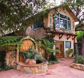 """We stayed in this awesome """"Treehouse"""" at the Emerald Iguana in beautiful Ojai, CA. If you are going to Santa Barbara or Ventura...this little resort makes a fabulous base camp retreat !"""
