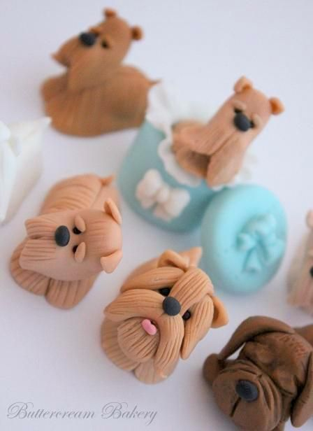 The Extraordinary Art of Cake: Cake & Cupcake Toppers