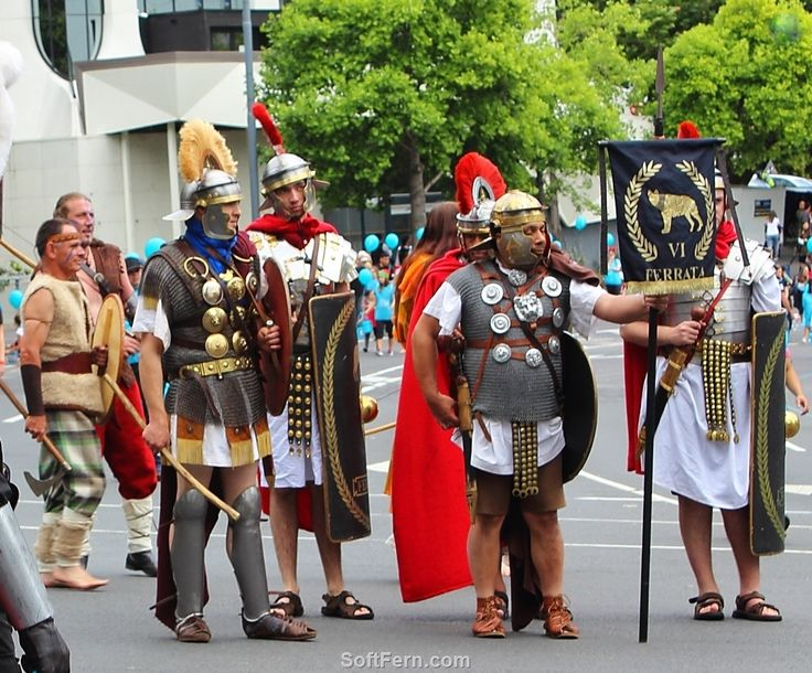 Photo from our archive: Replicas of Ancient Spartans at Auckland Santa Parade.        Auckland Farmers Santa Parade 2016. ... 33  PHOTOS        ... This year the event attended thousand aucklanders as well enjoy stunning performance        Posted from:          http://softfern.com/NewsDtls.aspx?id=1116&catgry=7            #SoftFern Auckland News, #photos of Santa Claus, #SoftFern photos, #Auckland event, #New Zealand Olympians, #Monster Mash, #grand floats, #SoftFern News, #Superman at Santa…