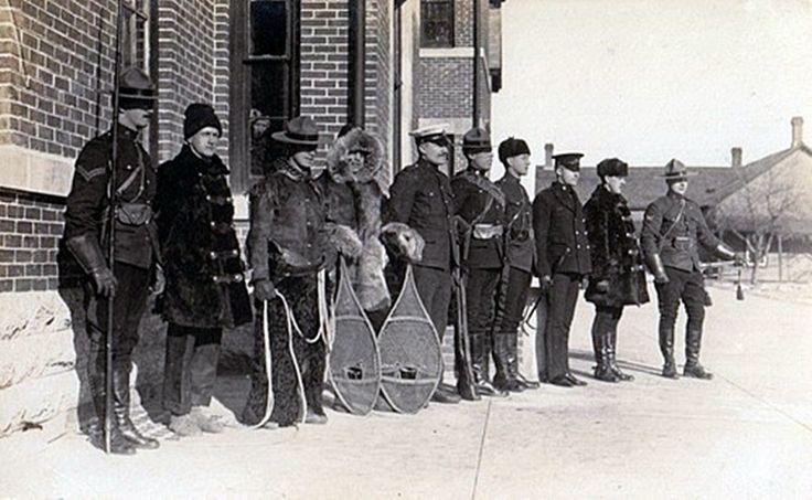 RCMP (NWMP) uniforms circa 1910