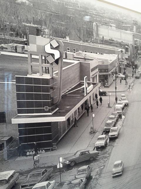 Steinberg, Decarie street, St-Laurent (Montreal), 1965 by GrocerymaniaAgain, via Flickr
