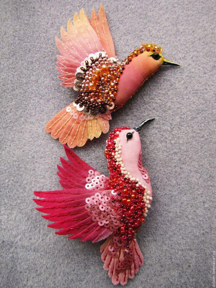 """Beade fabric brooches birds / Брошка птичка """"Колибри"""" - украшение, брошь, брошка, Бижутерия, бижутерия из бисера, текстильная брошь"""
