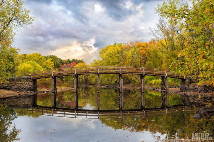Old North Bridge in Concord - Old North Bridge, is a historical site in the Battle of Concord in the American War of Independence. Concord, MA, USA