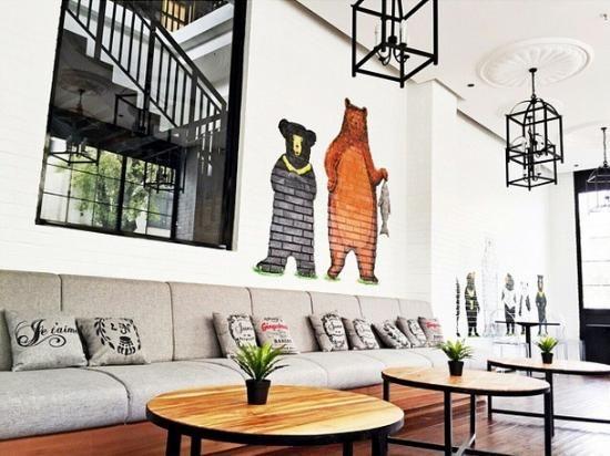 Roaster and Bear   Yogyakarta   Cute Coffee Shop   Try the Vanilla Latte