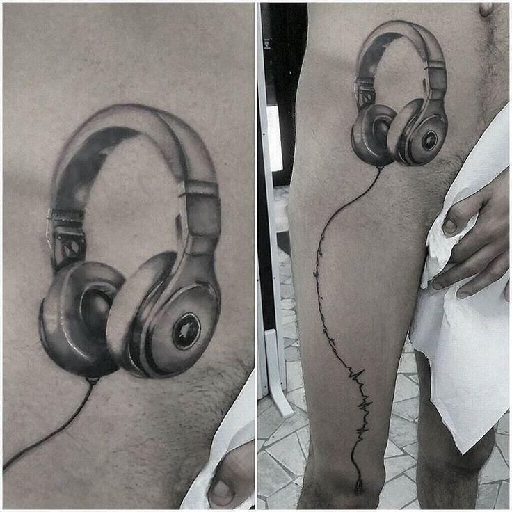 """Fa battere il cuore""… 🎧 #zerosei #tattoo #roma #gabriele #perroni #tatuaggio #tatuaggi"
