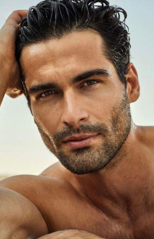 Pin By Rhonda Butterbaugh On Beards Beautiful Men Faces Dark