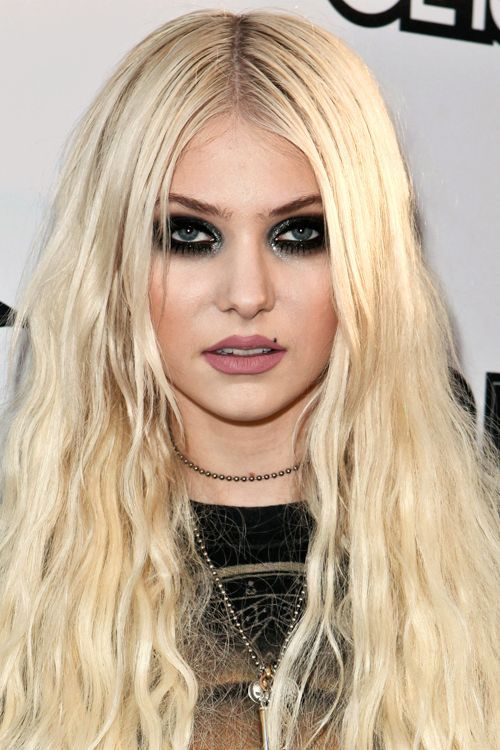 1722 best taylor momsen images on pinterest music artists and taylor momsen pmusecretfo Choice Image