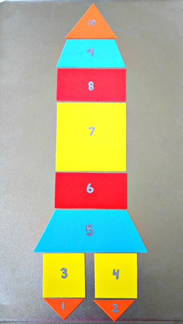 Magnetic Rocket Puzzle~Counting and Shapes Activities to go along with Rocket Countdown by Nick Sharratt