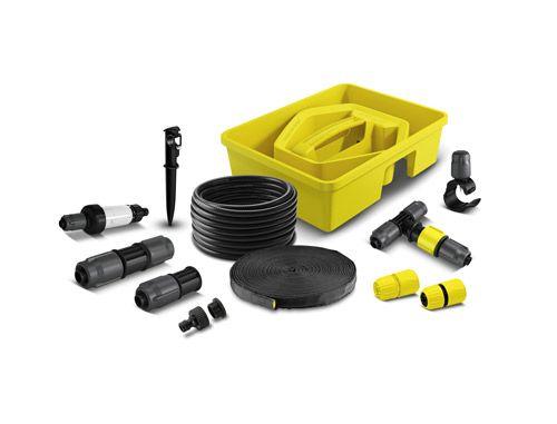 Le Kärcher Rain System™ conjugue les avantages de l'arrosage goutte-à-goutte et de l'arrosage classique. Le système fonctionne à une pression de 4 bars maximum et est équipé d'un flexible en PVC de 13 mm de diamètre doté de goutteurs et de micro-asperseurs. La pression est répartie de manière homogène, ce qui assure un apport d'eau constant, même avec un tuyau de 50 m.   Pour Kärcher, le choix des matériaux fait l'objet d'une réflexion constante et approfondie. C'est pourquoi vous ne trouverez…