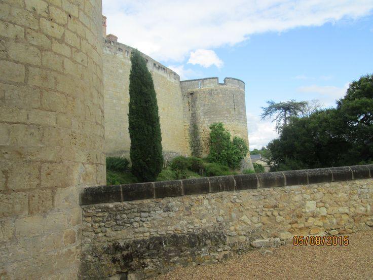Ch teau de montreuil bellay enceinte fortifi e et porte d 39 entr e 4 lors de la r volution - Jardin maison de la culture namur montreuil ...