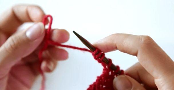 Lære å strikke - Hvordan legge opp nye masker i slutten av en pinne