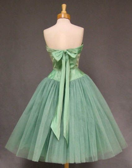 Best 200+ 1950s Prom Queen images on Pinterest | Vintage fashion ...