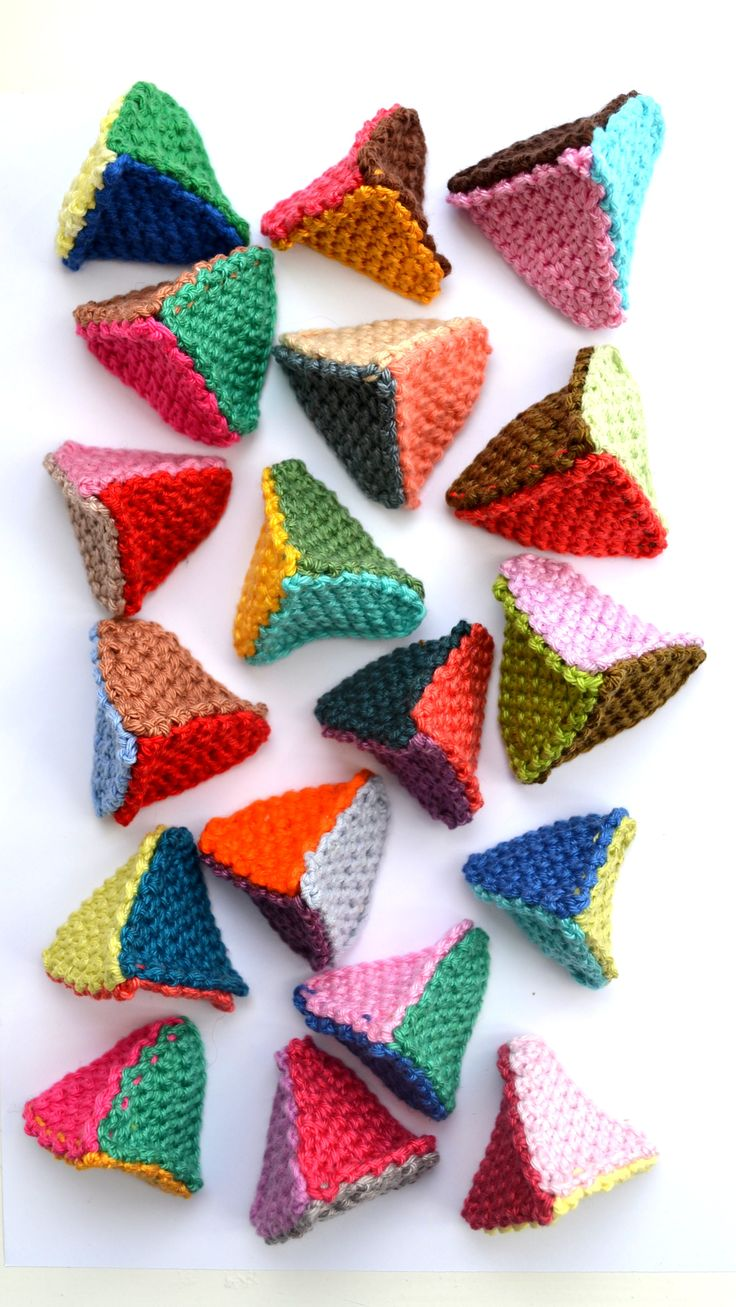 crochet triangles Cat nip inside they like this funny to watch, not in English but easy to figure out.