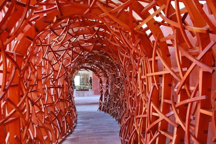 Tunel dentro del Laberinto de la Cultura y Artes en San Luis Potosí