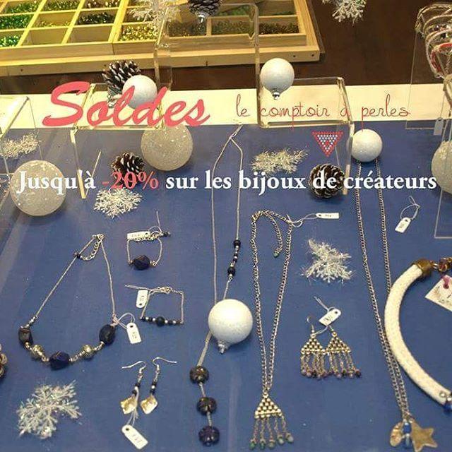 SOLDES - Ça continue et toujours jusqu'à -20% sur les bijoux de créateurs! Pièces faites main et disponibles en petite quantité, à saisir! ;) #lecomptoiraperles #soldes #soldesdhiver #bijoux #bijouxdecréateurs #faitmain #handmade #handmadejewelry #DIY #creation #création #créativité #creativity #perles #collier #necklace #beads #beadsaddict #lapislazuli #pierres #argenté #bleu #blue #stone #lapislazulistone #jewels #sales