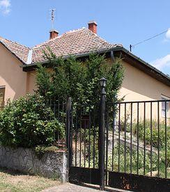 Tolles EFH / Ferienhaus an schöner Lage - nur 10 Min vom Balaton - Preis CHF 71'000