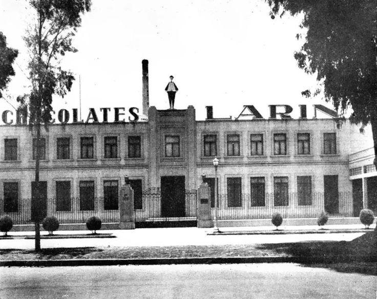Fabrica de chocolates y dulces. Ubicada en Ejercito Nacional.