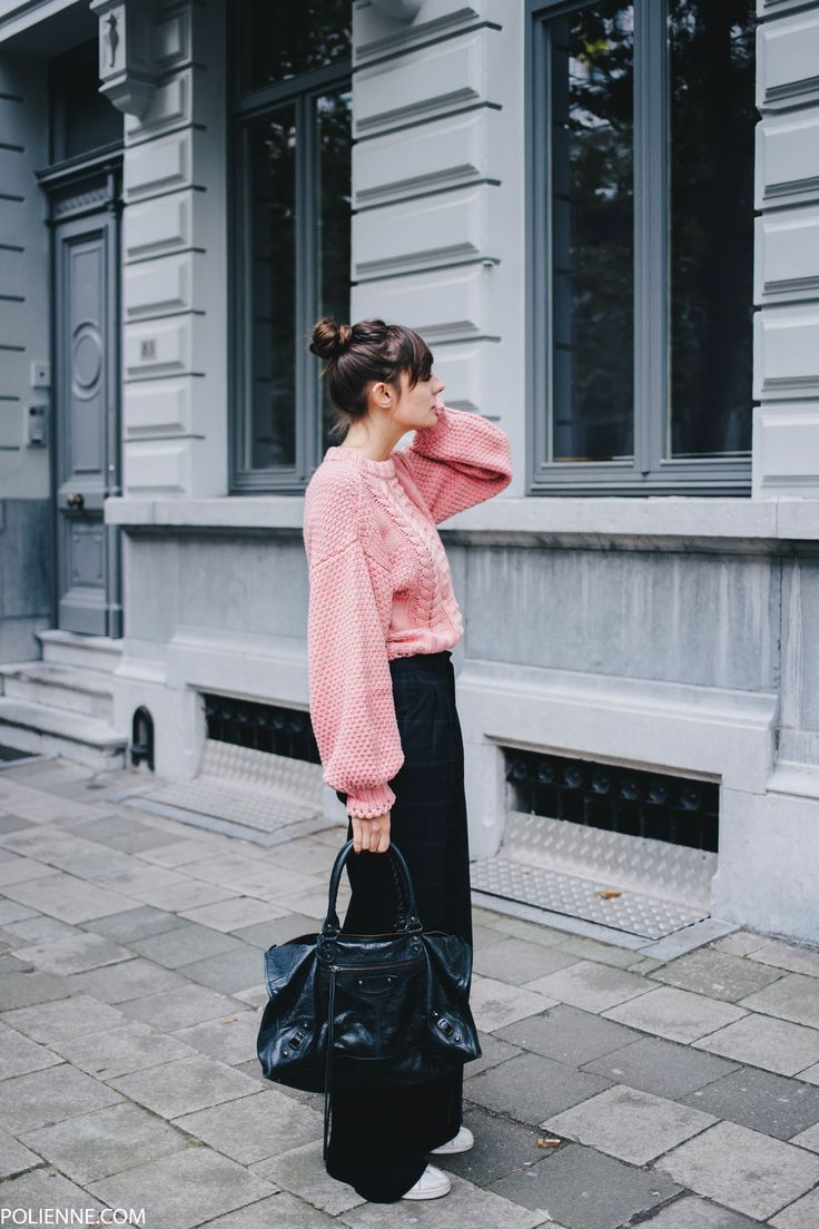 POLIENNE | wearing a H&M cable knit, DRYKORN wool trousers, BALENCIAGA work bag
