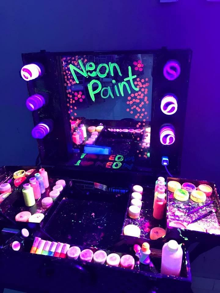 This is a good idea if you want have a little spot to the neon make up