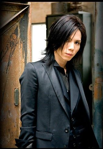Yasunori Hayashi Acid Black Cherry Janne Da Are Japaneses vocalist/composer