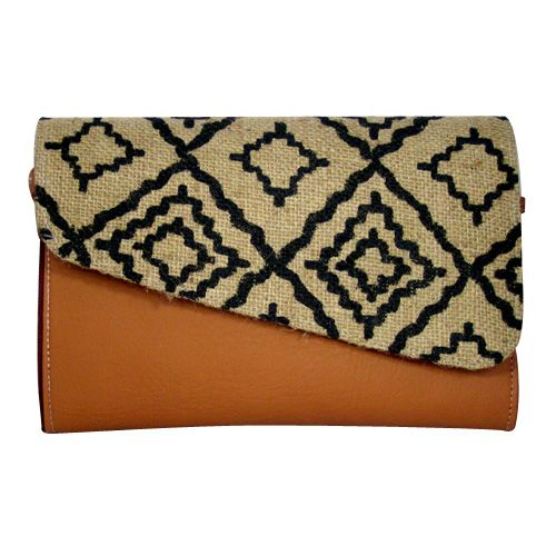 Simple Brown Tribal Lines Clutch - http://www.slightshop.com/produk/simple-brown-tribal-lines-clutch/