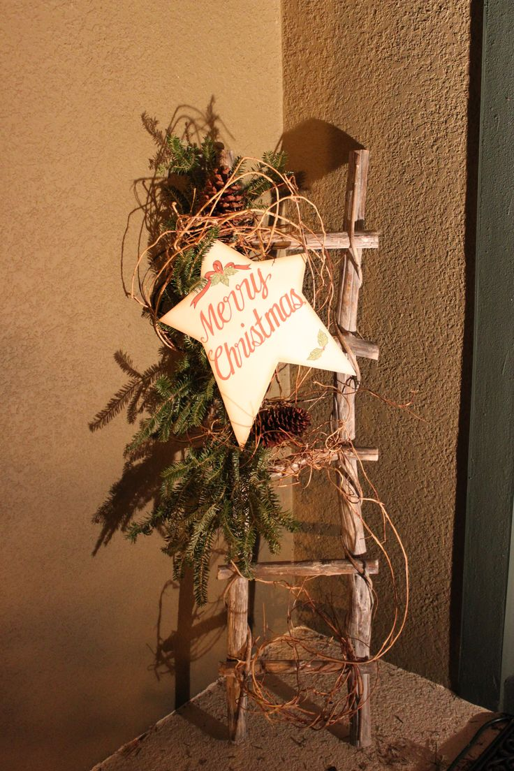 front porch Christmas, maybe a sign for each season or just a welcome sign. Cute idea.