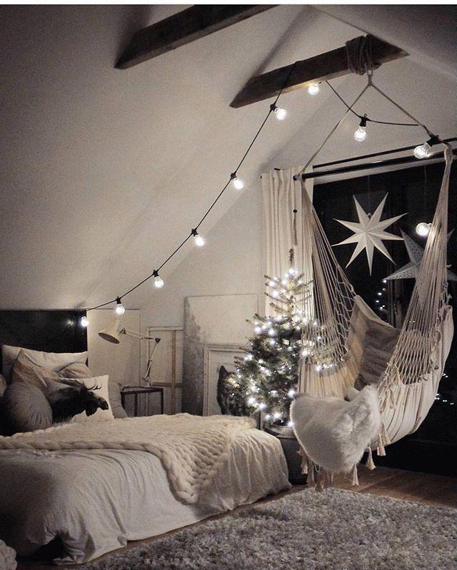Night Cozy Bedroom Decorating Ideas: Cozy Room Good Night Via @girlsbeauty.goals By @marzena
