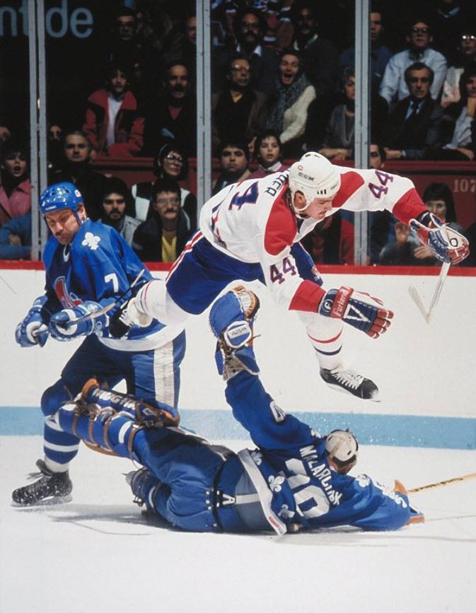 Richer demeure à ce jour le seul joueur du Tricolore, en compagnie de Guy Lafleur, à avoir atteint le plateau des 50 buts à deux reprises. Chaque fois, il a remporté la coupe Molson, remise au joueur de l'année des Canadiens. En 1991, il a été échangé avec Tom Chorske aux Devils du New Jersey en retour de Kirk Muller et Roland Melanson. En 1995, il a remporté une deuxième coupe Stanley. L'année suivante, les Devils le retournaient à Montréal dans un échange impliquant le défenseur Lyle…