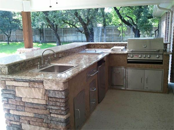 Best 25 small outdoor kitchens ideas on pinterest for Affordable outdoor kitchen ideas