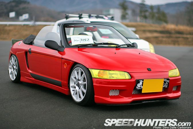 Clean Honda Beat, only the true Honda people know what this car is.