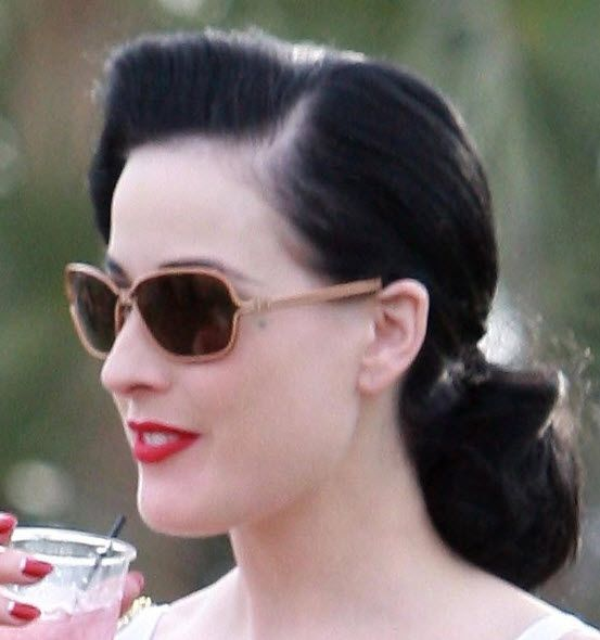 Dita looks perfect even in a ponytail!: Cinderella Hairstyle, Bridesmaid Style, Hair Styles, Dita Inspiration, Gorgeous Up Styles, Upstyle Vintage, Side Part Hairstyles, Hair Inspiration, Dita Von Teese