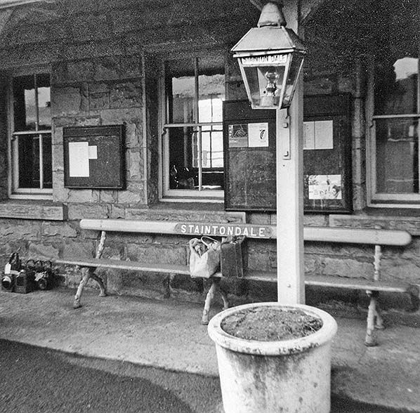 Disused Stations: Stainton Dale Station