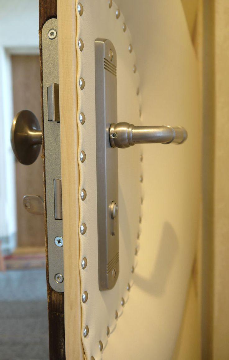 28 besten gepolsterte t ren upholstered doors bilder auf pinterest kunstleder aktion und deutsch. Black Bedroom Furniture Sets. Home Design Ideas