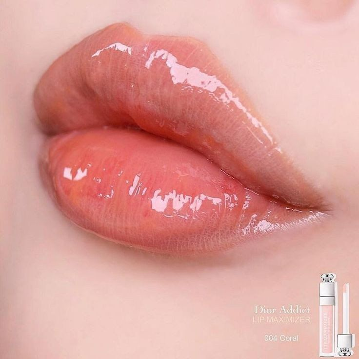 Pin By Anna On Concepts Ideas In 2020 Glossy Lips Aesthetic Makeup