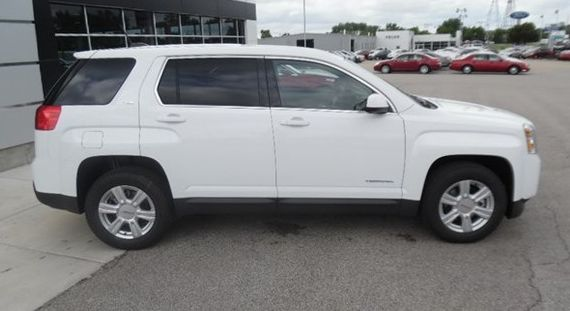 Check out the latest and greatest new SUVs and trucks at your Bartonville area GMC dealership.