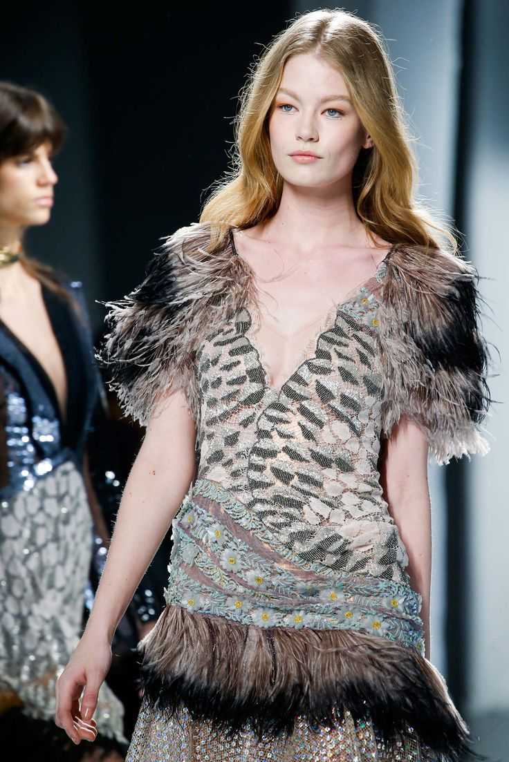 Rodarte Fall 2015 Ready-to-Wear - Details - Gallery - Style.com