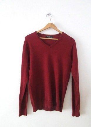 Kup mój przedmiot na #vintedpl http://www.vinted.pl/damska-odziez/swetry-z-dekoltem/15300940-czerwony-sweter-bershka-36-s